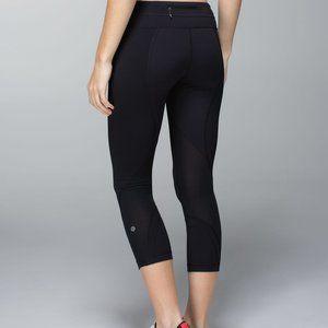 Lululemon Inspire Crop II Black leggings (size 6)